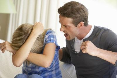 Наказание за побои легкой тяжести жене