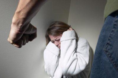 Особенности ответcтвенности за избиение жены: что грозит бывшему супругу за нанесение побоев женщине?