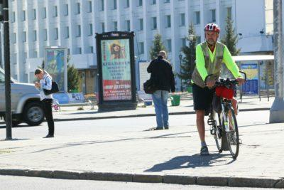 Сбил велосипедиста на пешеходном переходе